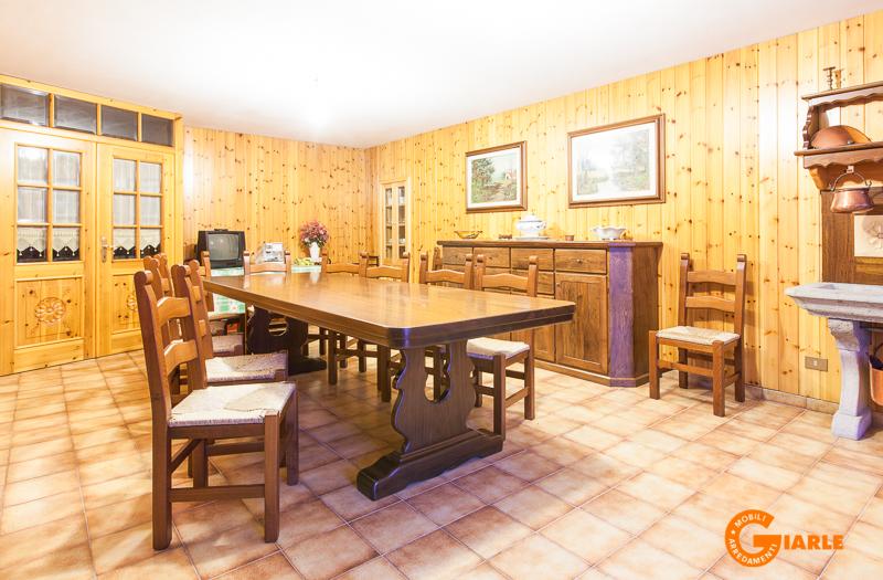 Giarle mobili e arredamenti di giarle luigi e figli s n c for Taverna arredamento